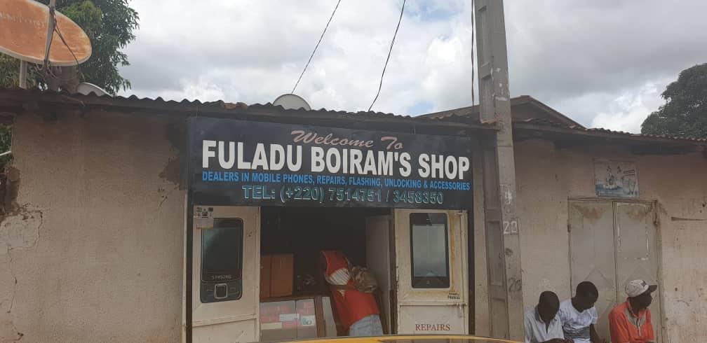 Fulladu Boiram Mobile Shop