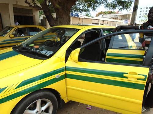 Modou lamins Taxi